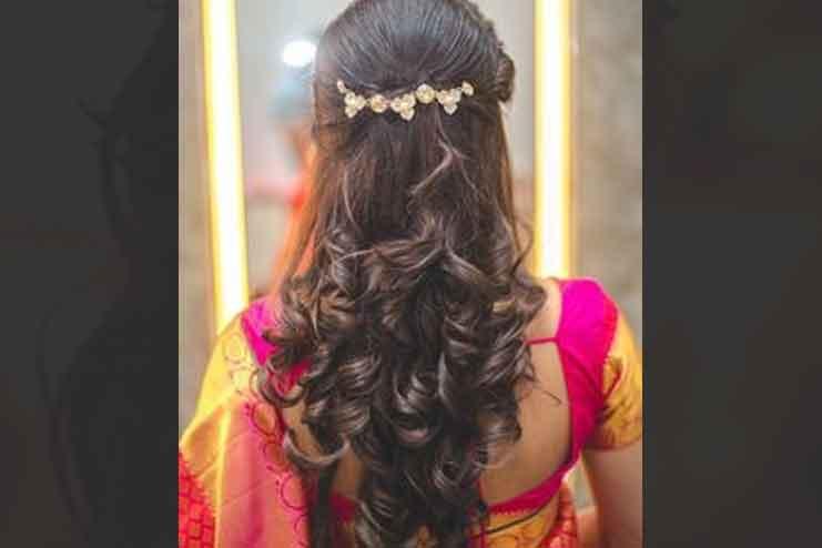 Maharashtrian-bridal-hairstyles14