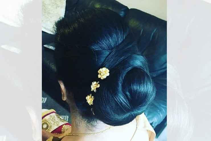 Maharashtrian-bridal-hairstyles15