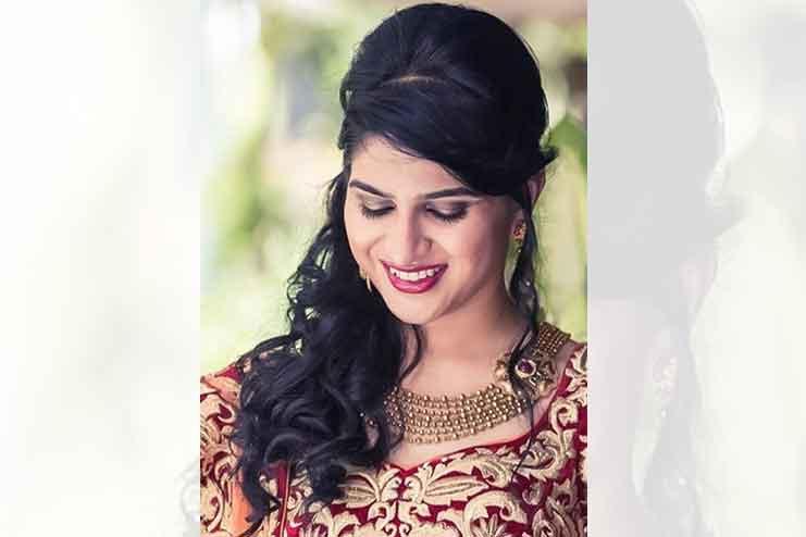 Maharashtrian-bridal-hairstyles16