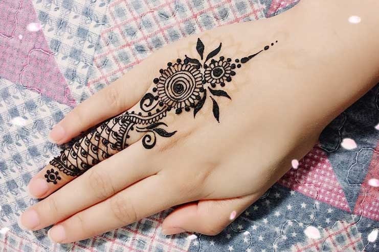 One-finger-Mehndi-Design