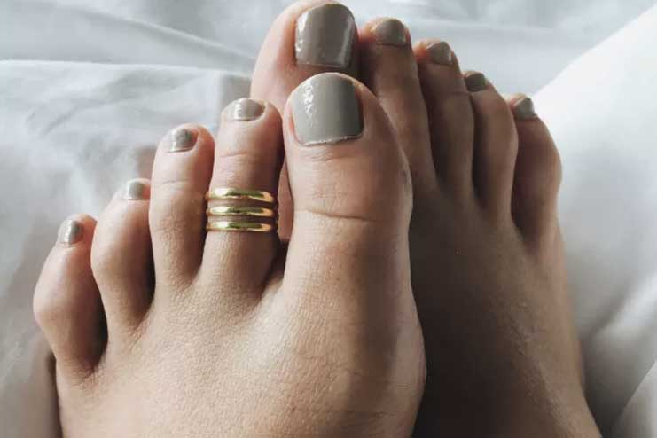 Triple-Layered-Toe-Ring