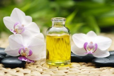8 Essential Body Oils in winter to Protect Your Skin From Various Causes