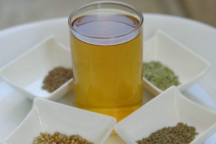 Spices Detox tea with seeds