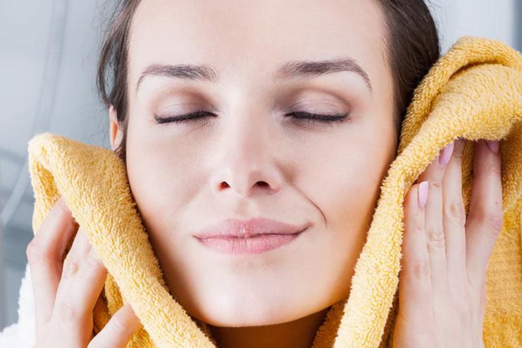 Hot-Towel-Treatment