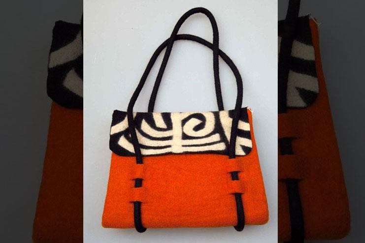 Handmade Handbags with Felt Fabric