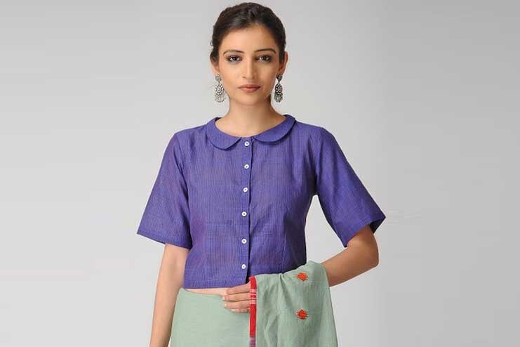 Cotton-blouse-with-Peter-pan-collar-neck